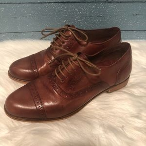 Cole Haan Brown Leather wing tip loafers